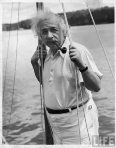 https://irjavan.files.wordpress.com/2011/09/alberteinstein-rare-pics33.jpg?w=234